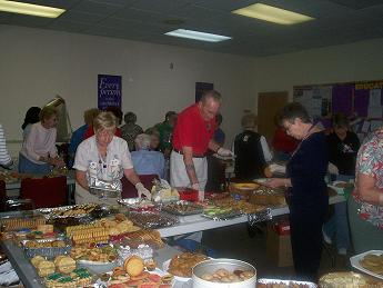 Gulfside Volunteers Packaging Cookies