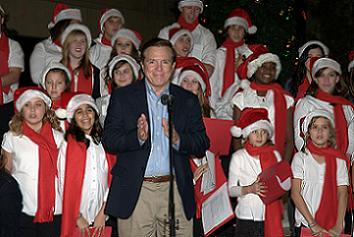 Vice Mayor Paul Gibson with the Clearwater Academy Choir - Photo by Chris Connell