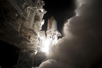 NASA Space Shuttle Discovery Launch